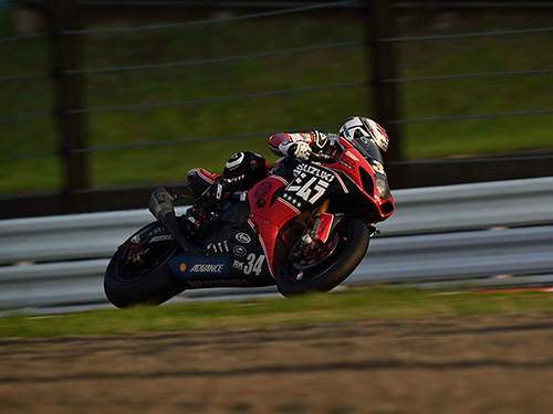 2014suzuka8h_photo_09thumb800x53341